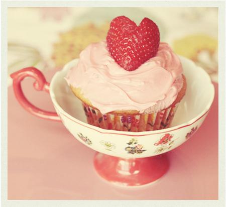 cup-cupcake-pink-vintage-Favim.com-493898_large